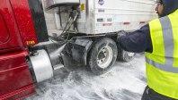 truck-washing-14